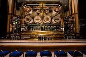 4 mezze restaurants to discover this excellent bottled Greek spirit