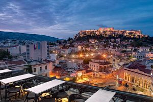 10 spots that refresh the face of the most touristy Athens area